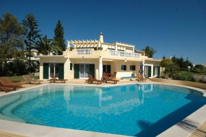 Algarve Villa with Pool