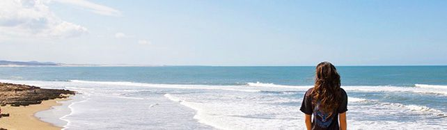 view-beach-surfing-essaouira-karma-surf-retreat