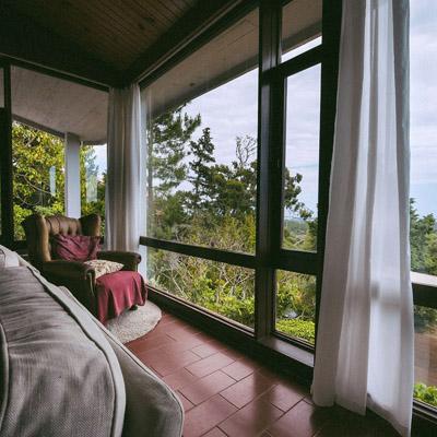 guinchovilla-livingroom-1