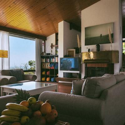 guinchovilla-livingroom-3