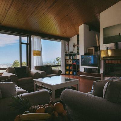 guinchovilla-livingroom-4