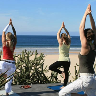 yoga-surf-packages