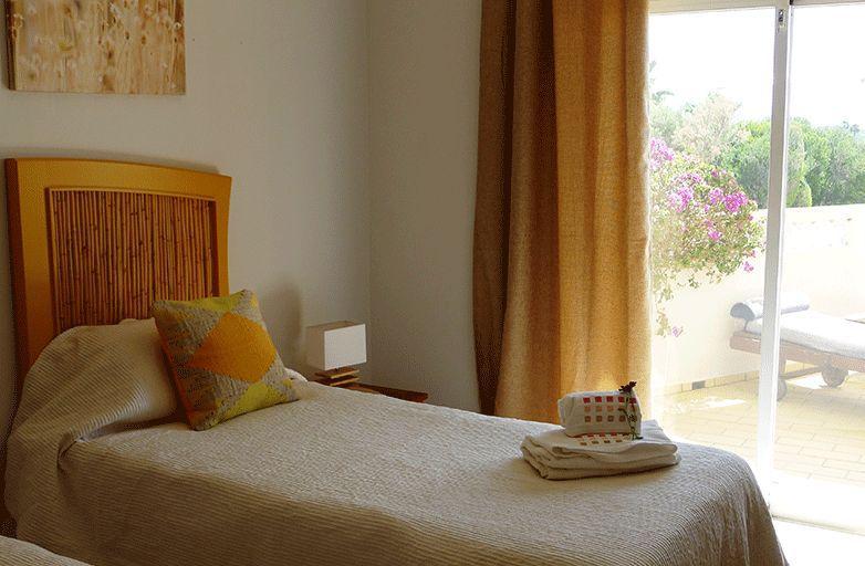 algarve-villa-room-2-einzel-bett