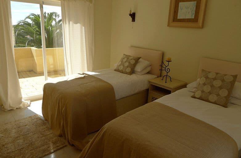algarve-villa-room-5-einzel-betten