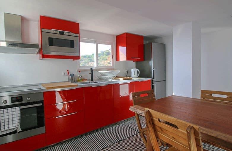 guincho-bay-villa-apartment-kueche-2