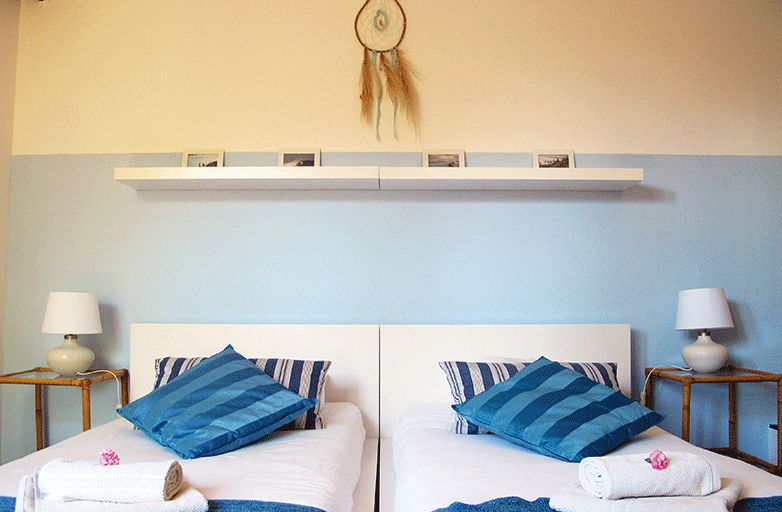 guincho-villa-room-3-bett-von-vorne