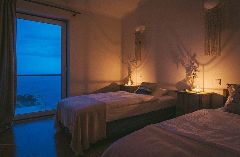 guinchobay-villa-room-4-am-abend