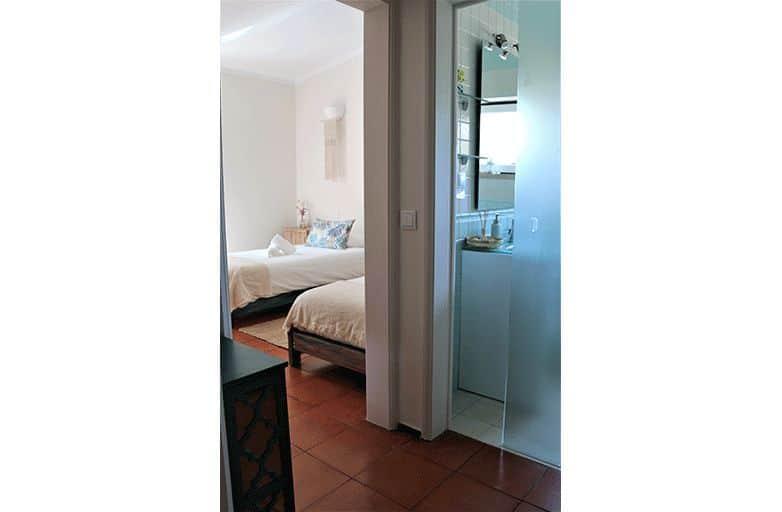 guinchobay-villa-room-4-flur