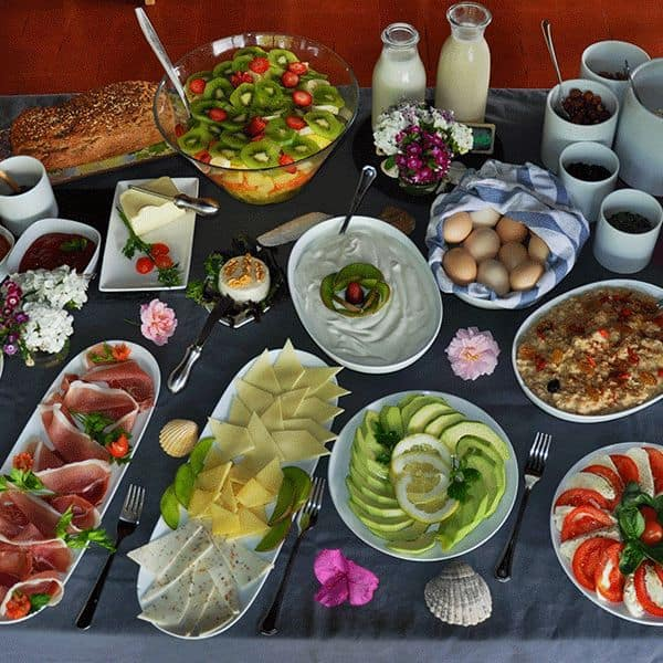 leckeres-essen-breakfast-guinchovilla-4