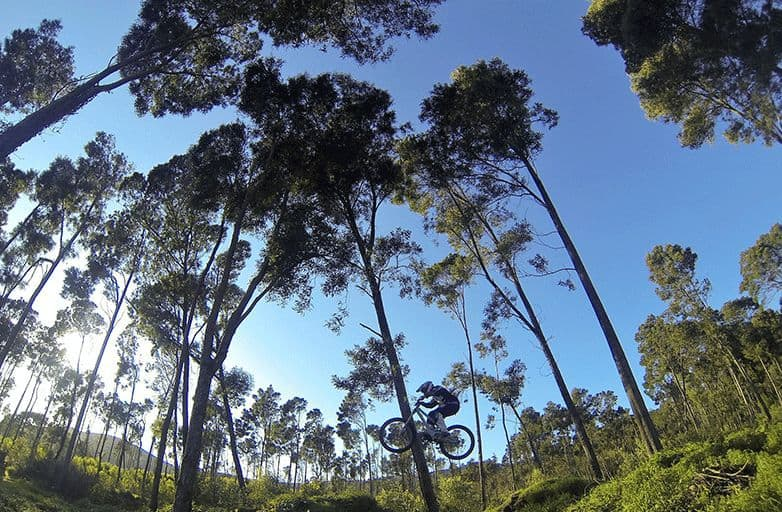 mountainbike-jumps-trails-serra-de-sintra-G0061593-opt-fin