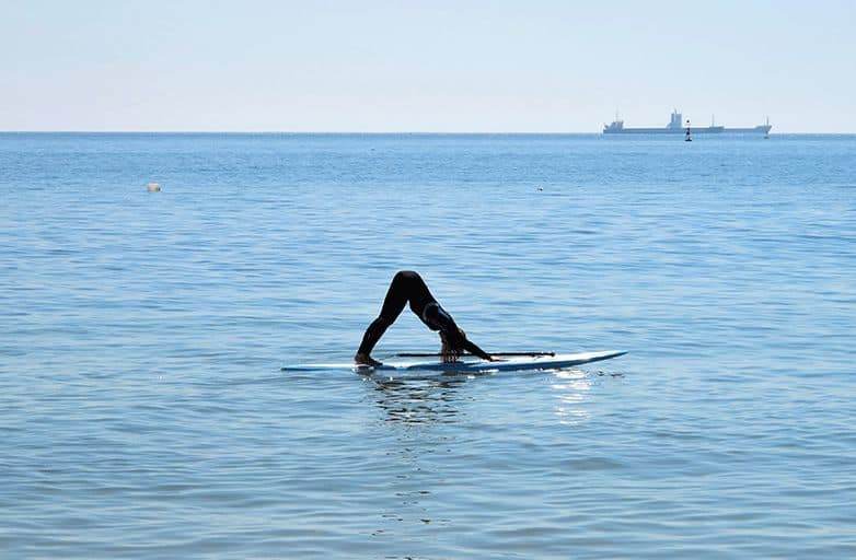 sup yoga cascais bay
