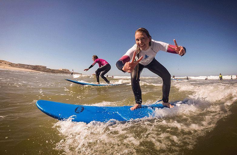 surfing-portugal-lisbon-150919-211_by-Miguel-Ferreira-final